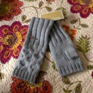 NWT!  Fingerless Gloves